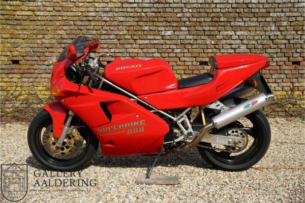 Ducati 888 Strada 1994