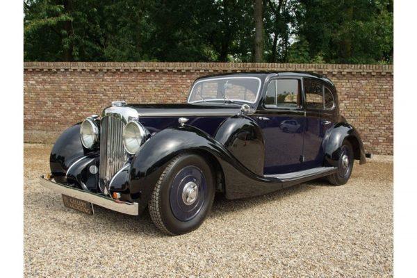 Lagonda Saloon de Ville V12 1939