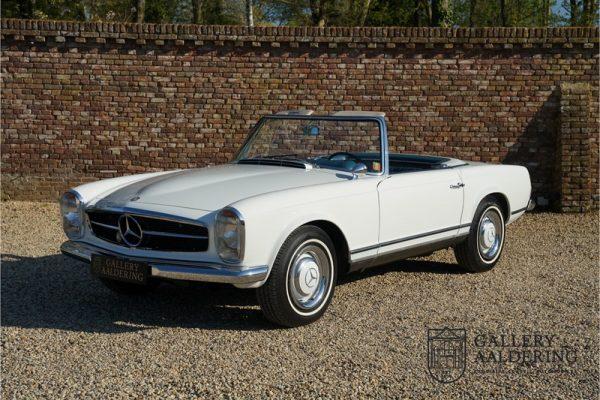 Mercedes-Benz W113 230 SL Pagoda 1965