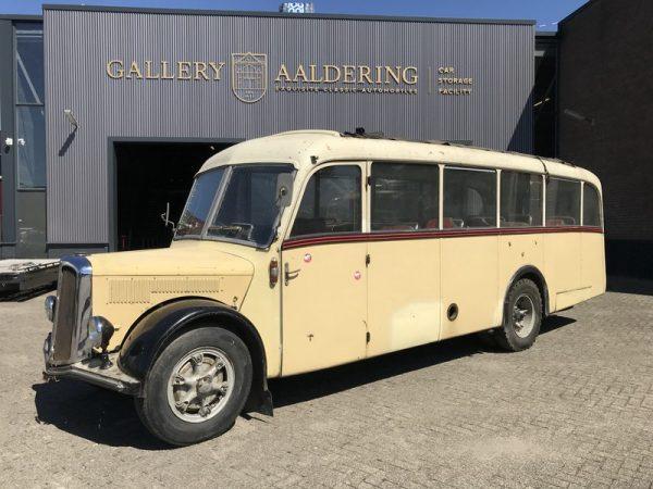 Saurer L4C Alpenwagen 1952