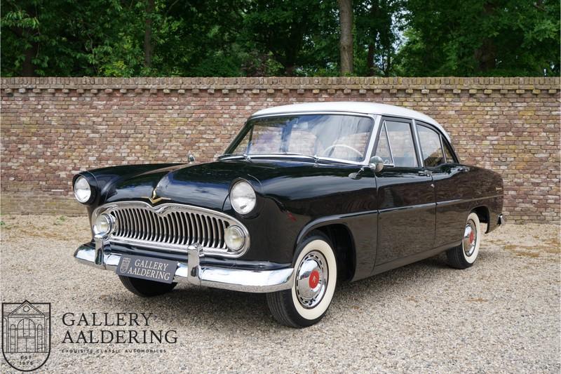 Simca Vedette Versailles 1957