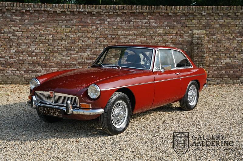 MG B GT 1974
