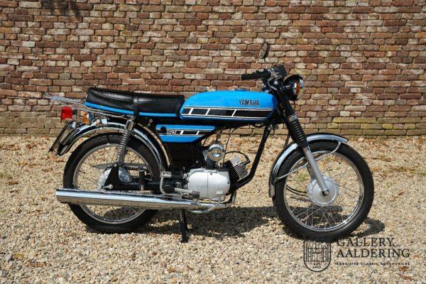 Yamaha 1J5 1977