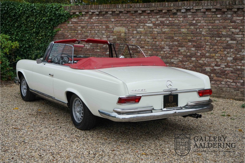 Mercedes-Benz 250SE Convertible fully restored condition