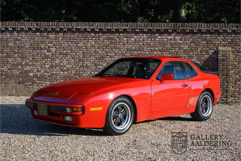 1986 ポルシェ 944