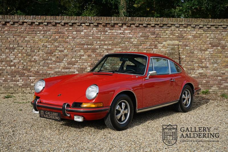 1973 ポルシェ 911 2.4